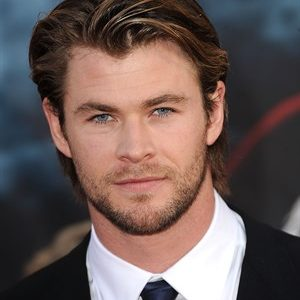 Chris Hemsworth AM Wicked